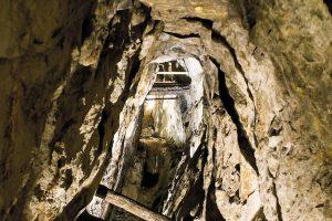 En gammel gruvegang. En perfekt venninnegave.
