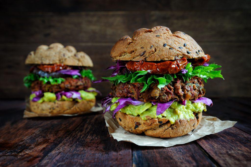 Vegetarburger er en sikker vinner og perfekt for en uke med vegetarmat